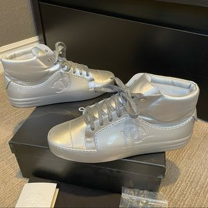 *RARE* Chanel Men Silver Mid-Top Metallic Sneakers